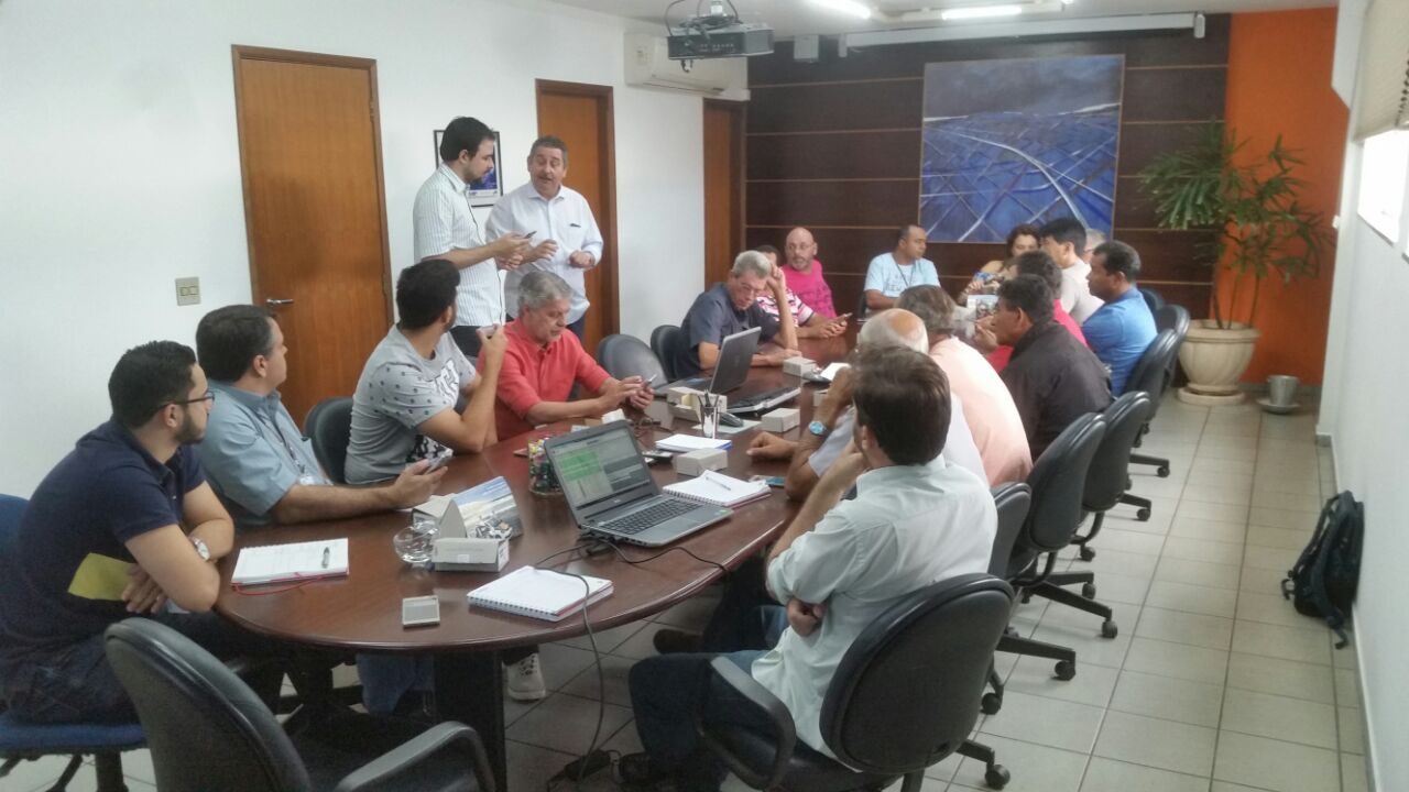 TREINAMENTO TABLET TRIANGULO
